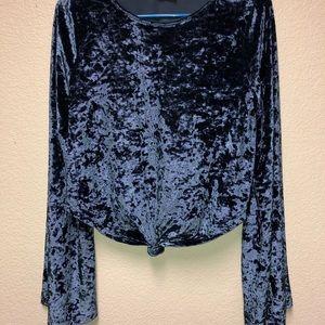 Tops - Blue crush velvet 70s inspired top